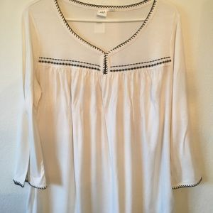 NWT Gap women's top with 3/4 sleeves